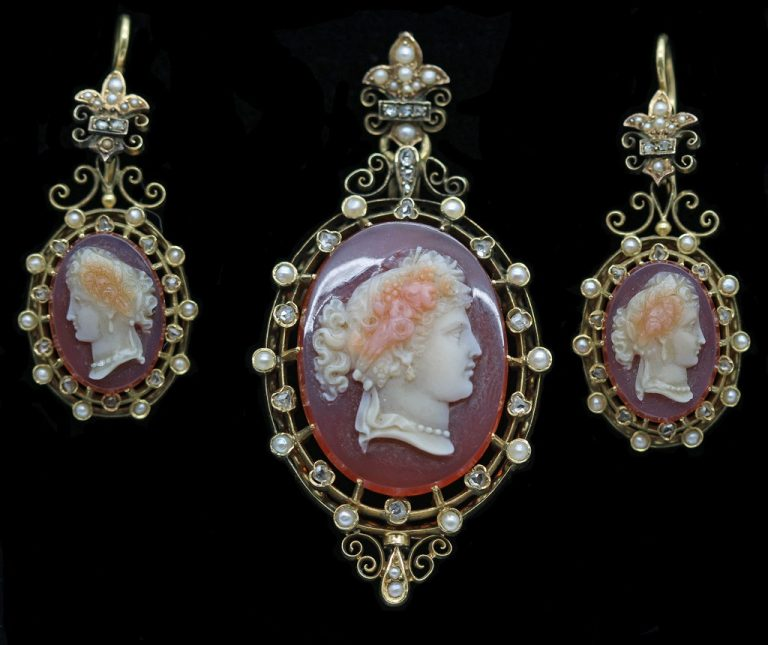 תכשיטים ויקטוריאניים (1820-1900) (1.5+1.5 שעות)